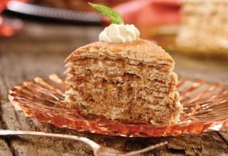 Cinnamon Apple by Gâteau Chef Eldon Brink of Holiday Inn Winnipeg South