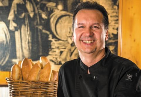 In-The-Kitchen-teaser-Bistro-Dansk