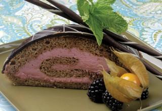 Raspberry Cinnamon Roulade by Chef Karen Nielsen of La Vieille Gare