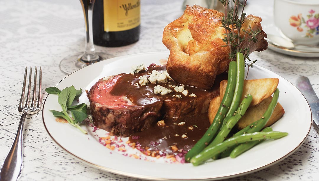 Prime Rib of Beef with Yorkshire Pudding • Ciao Winnipeg : Ciao ...